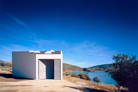 Depósito para canoas, Arquitectura en España